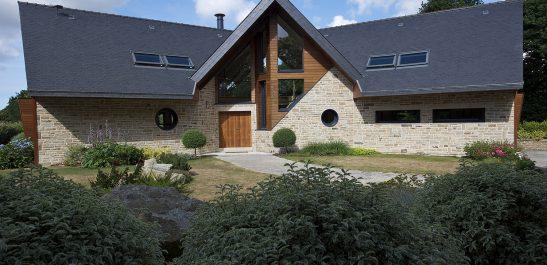Minco_maison-architecturale_bois-alu