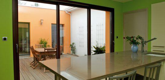 Minco_patio_baie-coulissante_bois-alu